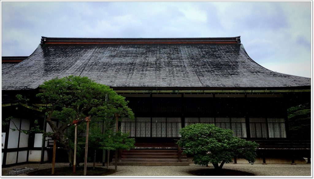 sento-imperial-palace-03