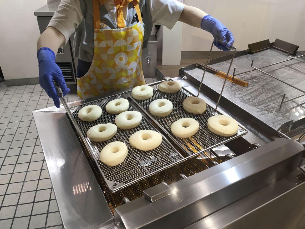 ドーナツ作り体験19