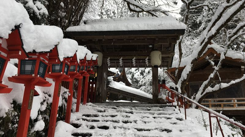 貴船神社の南門(Minami-mon gate of the Kifune-jinja Shrine)
