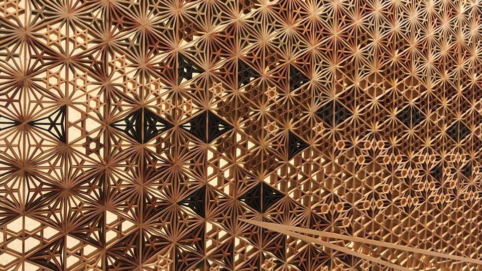 竹中大工道具館の衝立の装飾(Takenaka Carpentry Tools Museum)