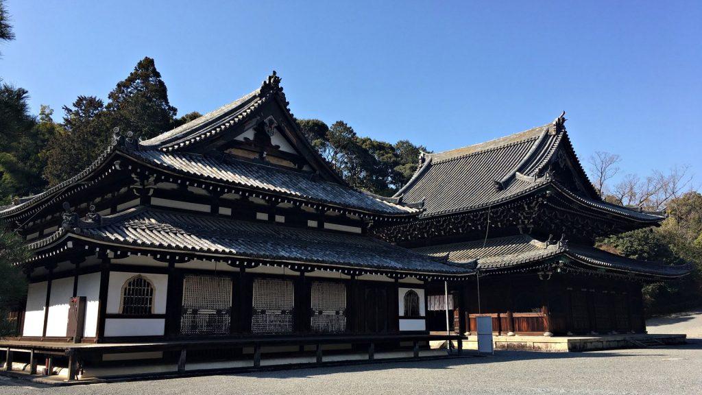 泉涌寺-舎利殿と仏殿
