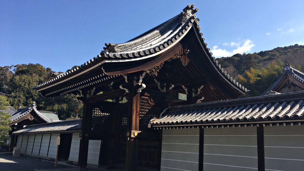 泉涌寺-勅使門01