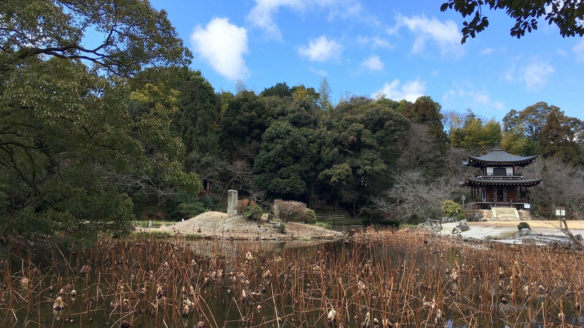勧修寺の庭園「氷池園」その1