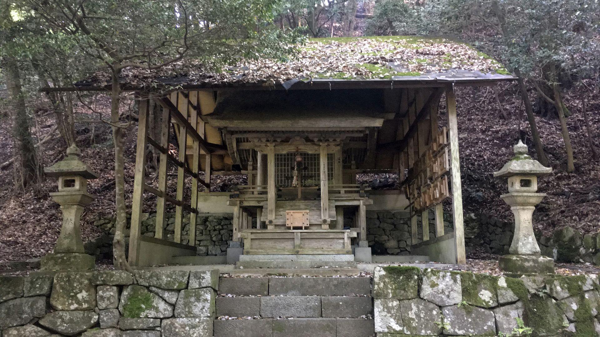 三千院近くの勝手神社02