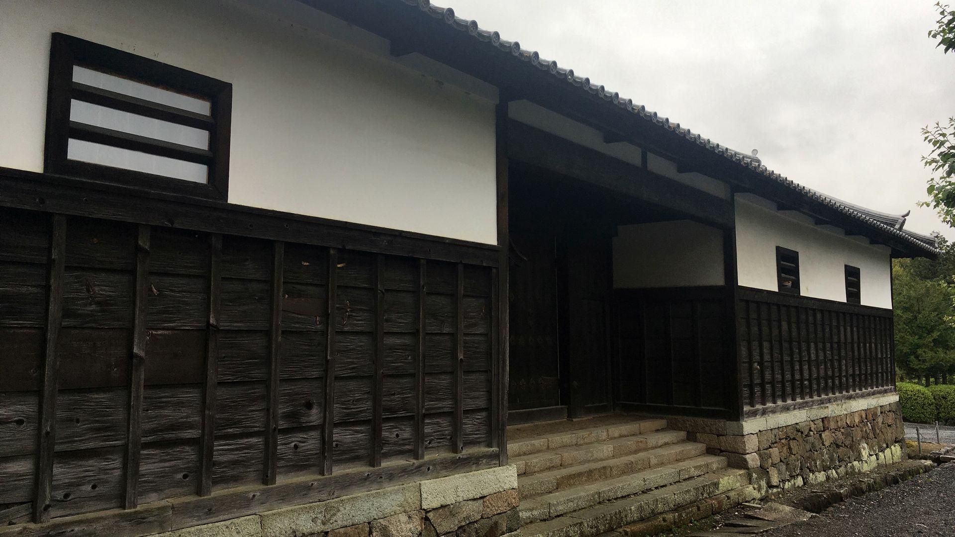 随心院の長屋門