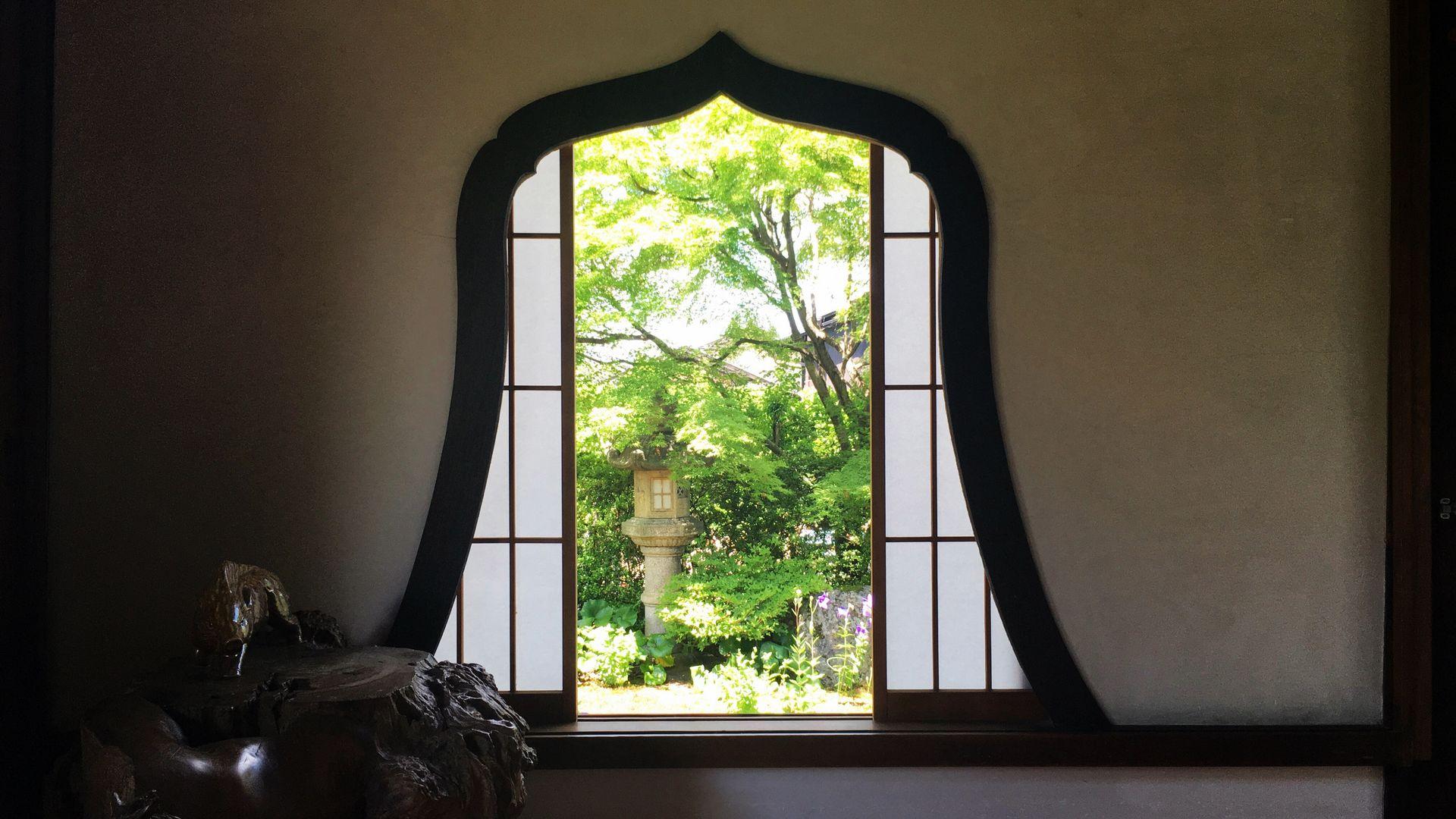 天得院の華頭窓01