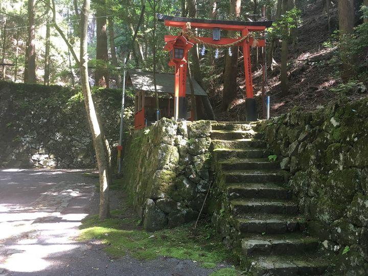 本山寺の福塚