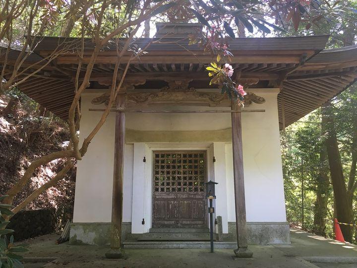 本山寺の開山堂