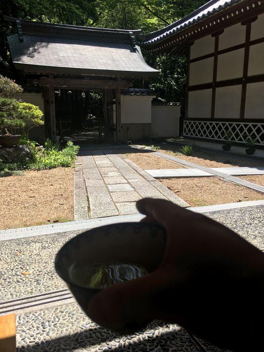 本山寺の庫裏で一休み