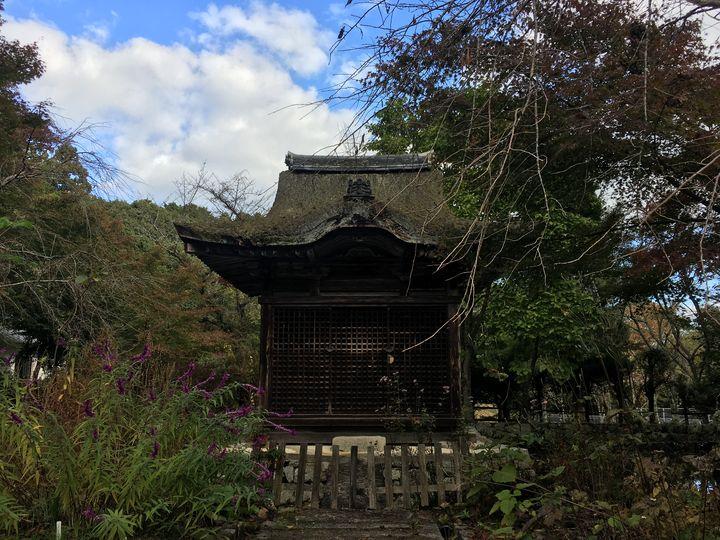 長寿寺の弁天堂