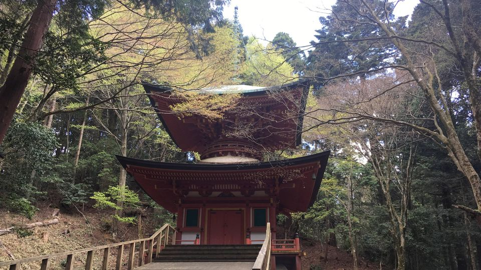 比叡山延暦寺の根本如法塔