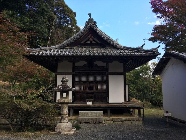 常楽寺の薬師堂