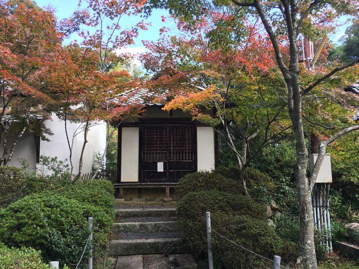 常楽寺の普賢堂