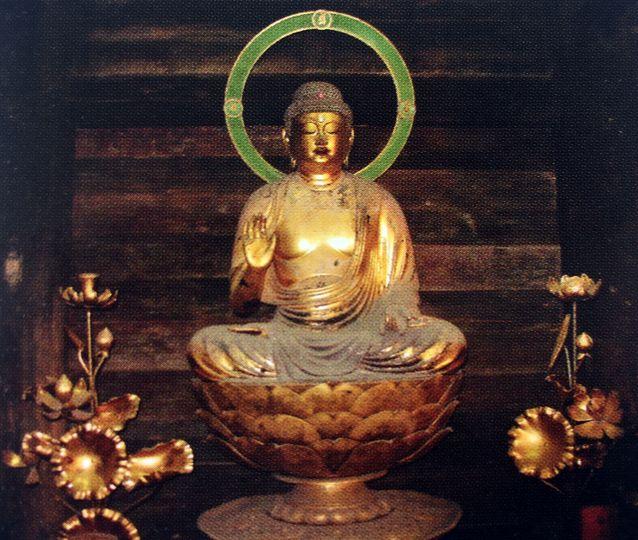 常楽寺の釈迦如来像