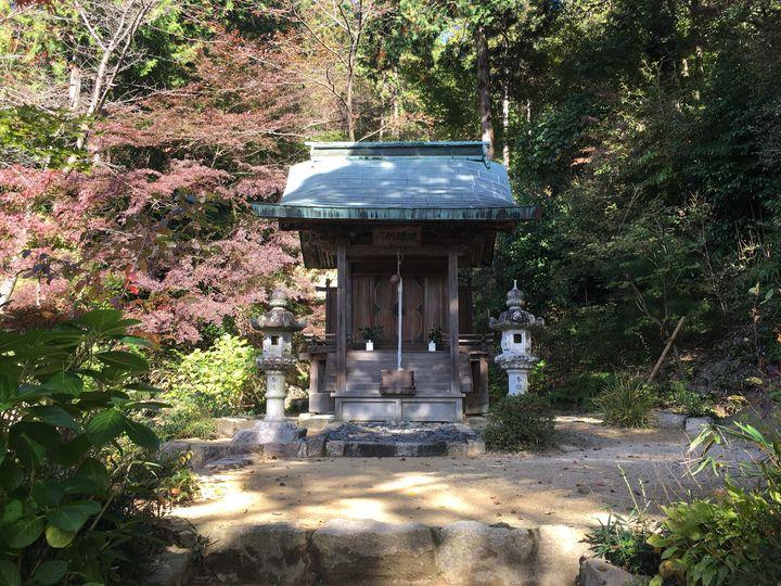 善水寺の六所権現社(Rokusho Gongen-sha Shrine of Zensui-ji)