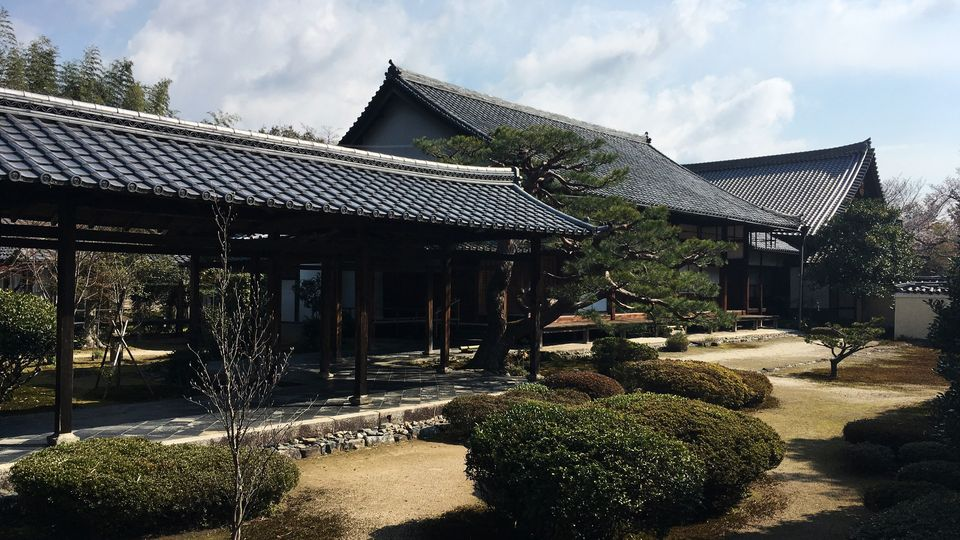 鹿王院の本堂(Hon-do hall of the Rokuo-in Temple)