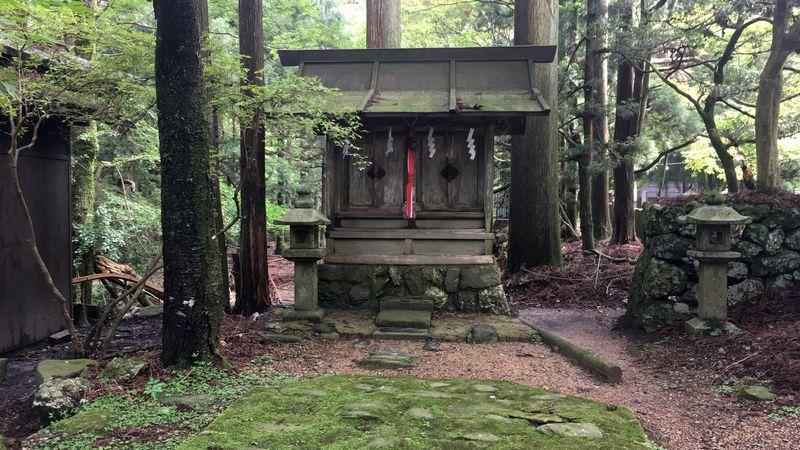 愛宕神社の慶俊社/好庵社(Kyoshun-sha / Koan-sha Shrine of Atago-jinja Shrine)