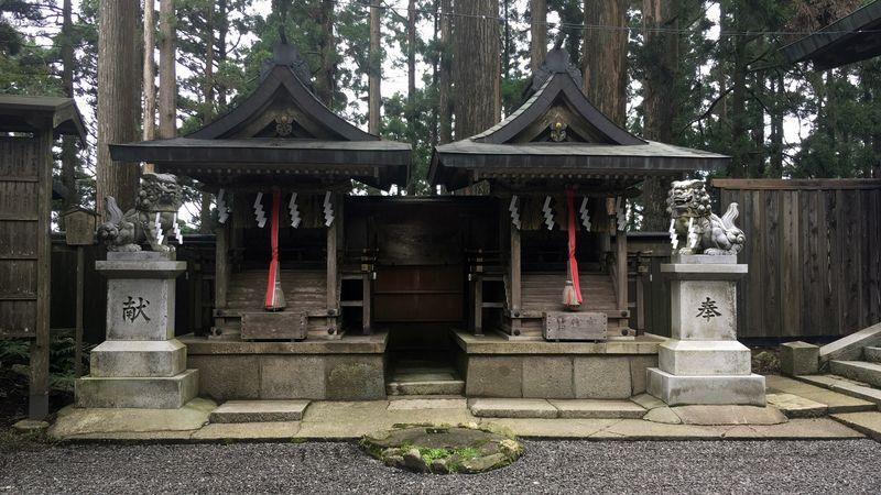 愛宕神社の神明社/熊野社(Shinmei-sha / Kumano-sha Shrine of Atago-jinja Shrine)